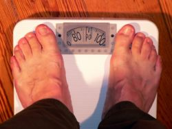 höhenverstellbarer schreibtisch test erfahrung übergewicht