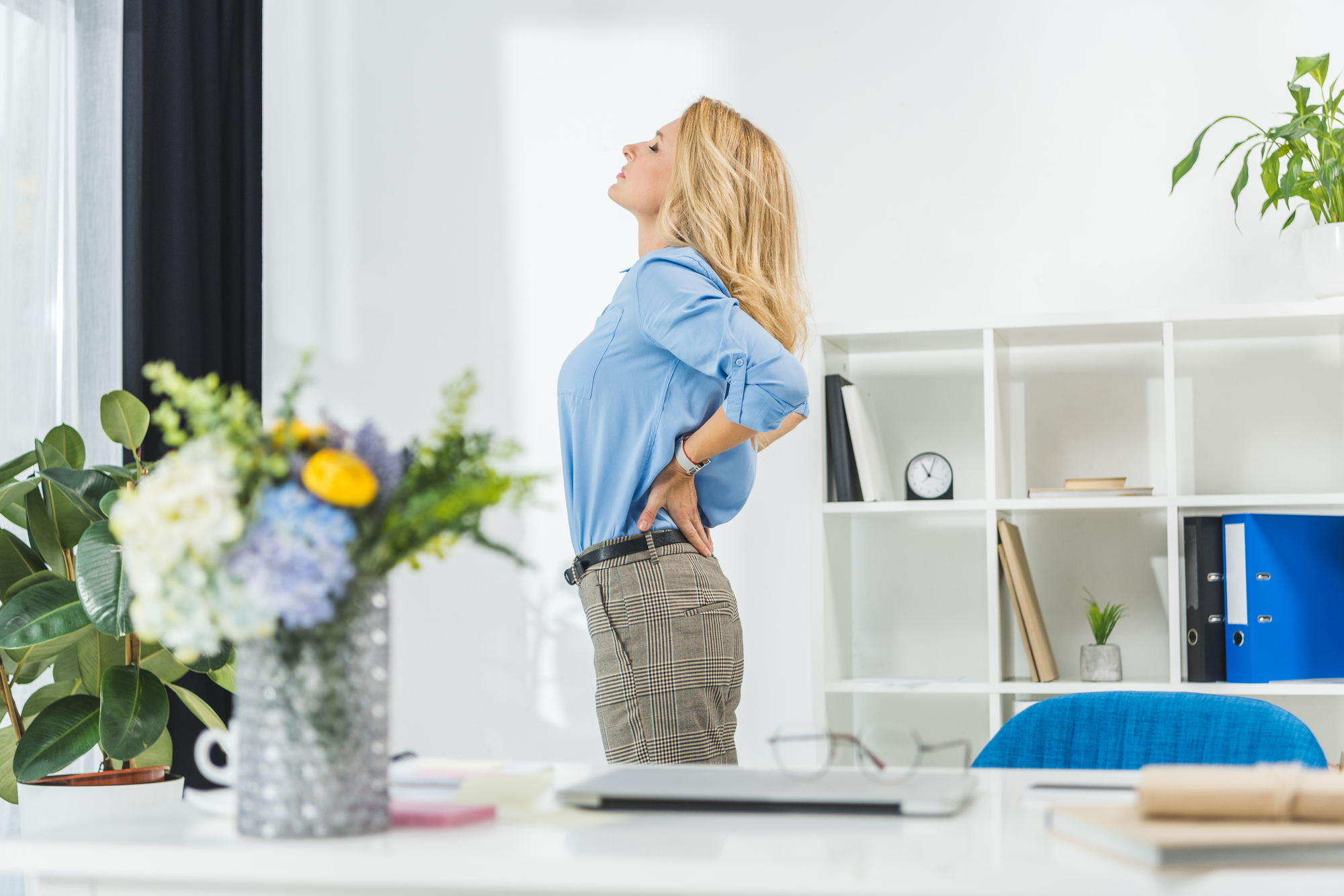 ergonomischer bürostuhl mit beweglicher sitzfläche